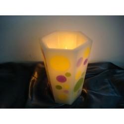 Gr. Vase, 6 eckige Kerze mit bunten Kreismotiven
