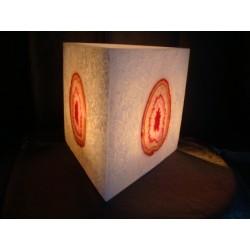 3-eckige Kerze mit Achat Steinen